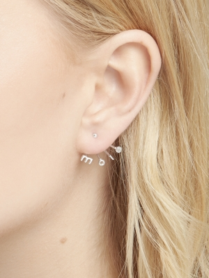Srebrne kolczyki z napisem minimalistyczna biżuteria moie