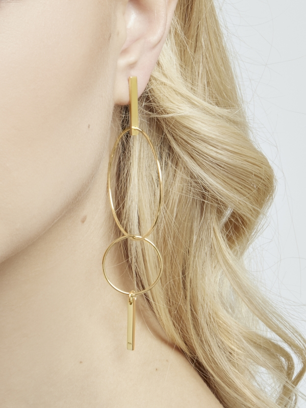 Kolczyki koła asymetryczne me9 gold złoto minimalistyczna biżuteria moie