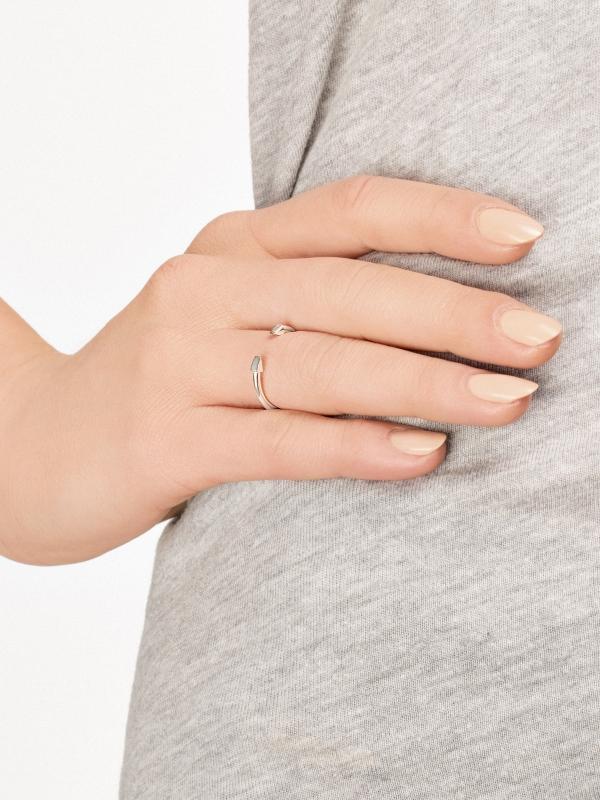 moie Srebrny pierścionek strzała minimalistyczna biżuteria moie