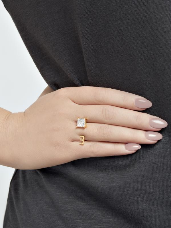 Złoty pierścionek z cyrkonią minimalistyczna biżuteria moie
